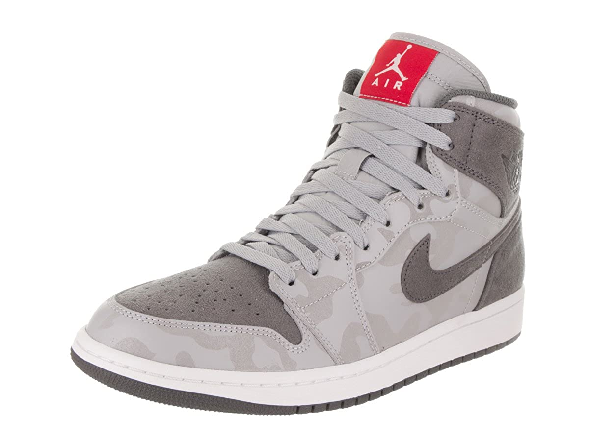 more photos 1ea26 f2d0c Amazon.com   Nike Men s Air Jordan 1 Retro High PREM Wolf Grey AA3993-027    Basketball