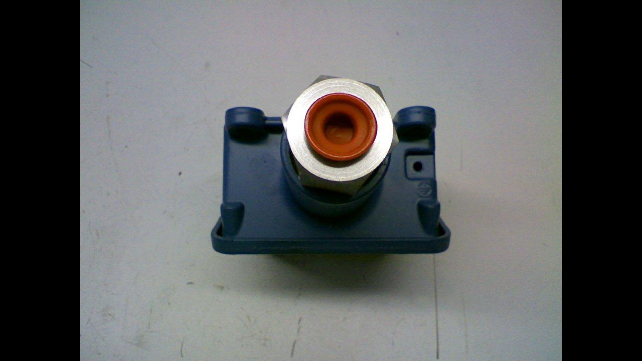 United Electric Controls H100-612 Pressure Switch 125//250//480Vac H100-612