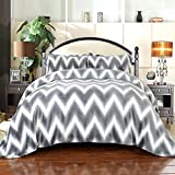 Simple&Opulence Flannel Super Soft Zig-Zag Printing Duvet Cover Set (Queen)