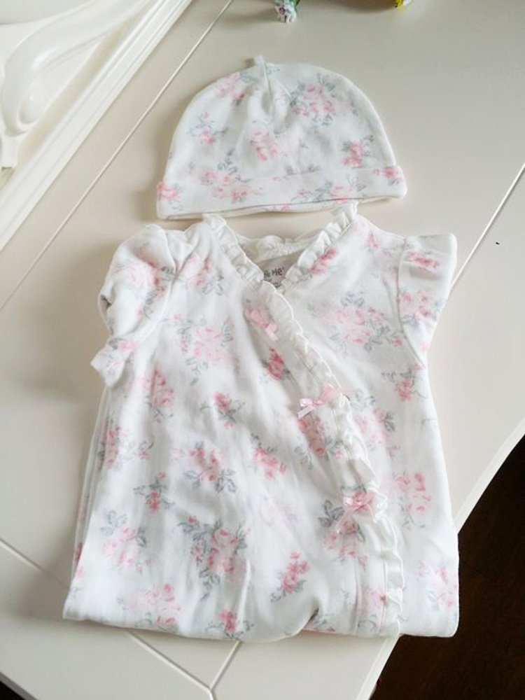 801b276bd50 Amazon | 【Little Me】おそろいの帽子付 ベビー カバーオール 出産祝い 新生児 716 (6M) | ロンパース・カバーオール |  ベビー&マタニティ 通販
