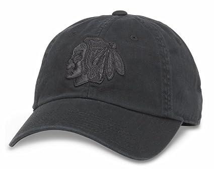Amazon.com   Chicago Blackhawks NHL Blue Line Tonal Adjustable Dad ... 170dd4258cc8