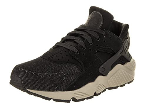 13b2b6a0907d Nike Women s Huarache Run SE Running Shoe 8 Black