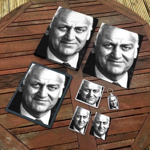 John THAW - Original Art Gift Set #js001 (Includes - A4 Canvas - A4 Print - Coaster - Fridge Magnet - Keyring - Mouse Mat - Sketch Card) Seasons