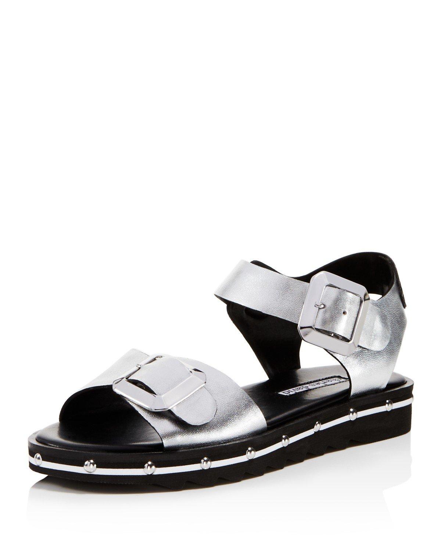 Charles David Women's Spy Sport Sandal B078H4CV6H 9.5 B(M) US|Silver