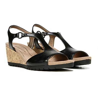 85ca37dc3a7 Naturalizer Women s  Norwood-N  Wedge Sandal (5 B(M) US