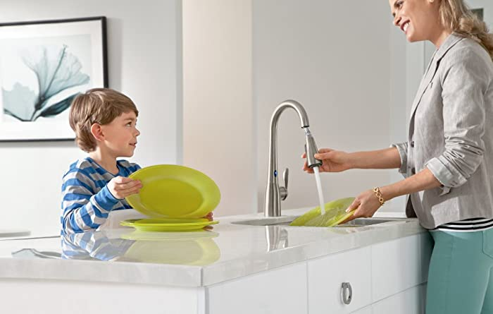 Moen 7594ESRS Arbor Motionsense Two-Sensor Touchless One-Handle Pulldown Kitchen Faucet