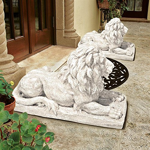 Design Toscano Lyndhurst Manor Lion Sentinel Statue: Set of Two (Manor Gate Gate Manor)