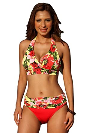 9fbc76c7be34e Amazon.com  UjENA Canary Islands Minimizer Bikini - Top 2X  Clothing