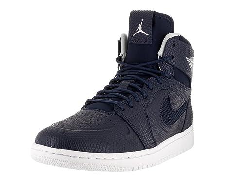 sports shoes 0e039 b60d0 Nike Air Jordan 1 Retro High Nouv, Scarpe da Basket Uomo, Blu (Azul Marino ( Mid Nvy Lght Bn-White-Infrrd 2)), 44 EU  Amazon.it  Scarpe e borse