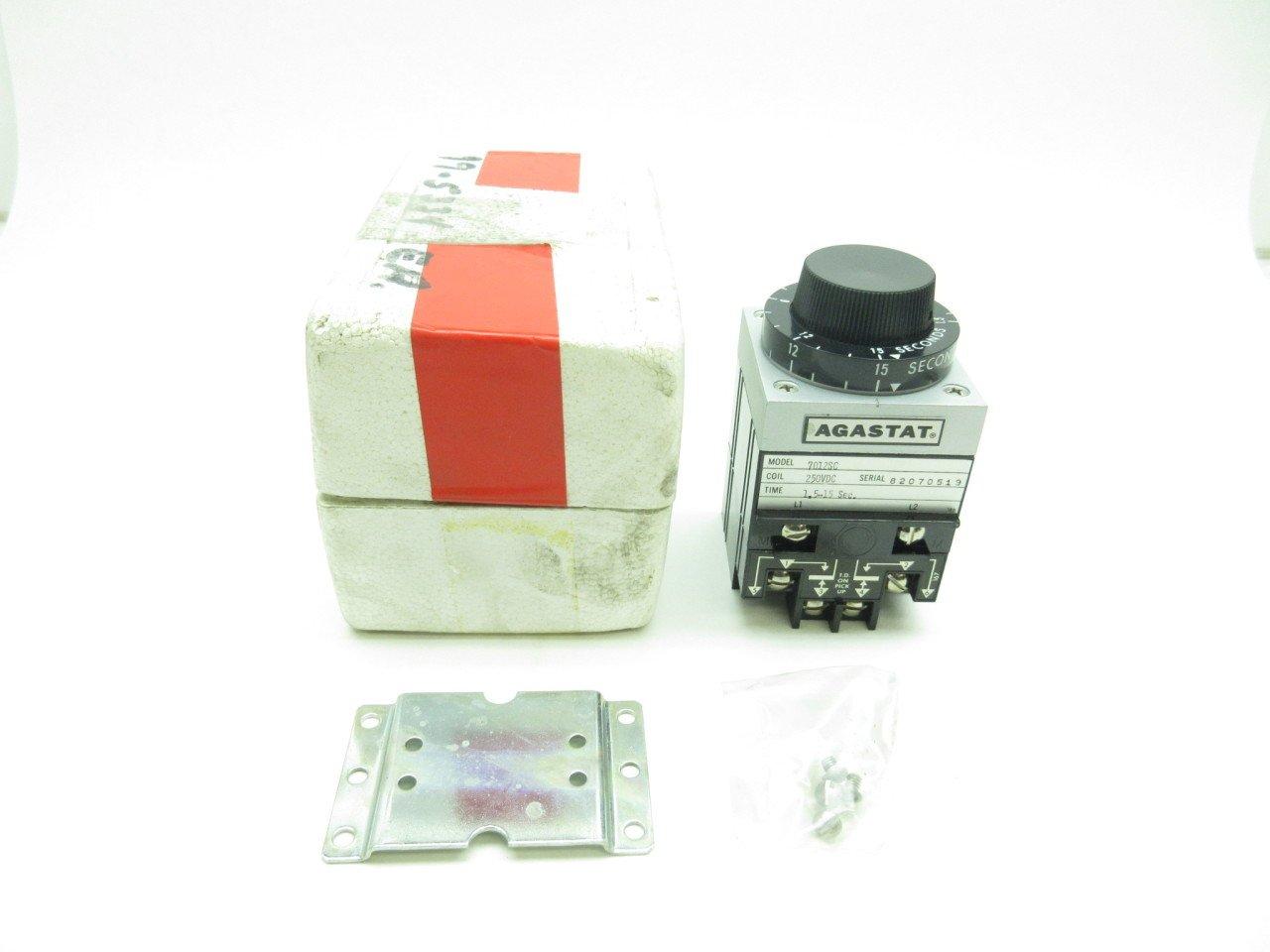 NEW AGASTAT 7012SC TIMING RELAY 1.5-15SEC 250V-DC D584115