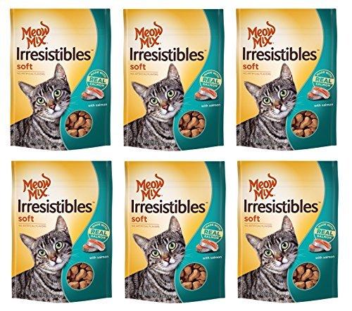 Meow Mix 29274-52716 3 Oz. Irresistibles Treat Soft Salmon