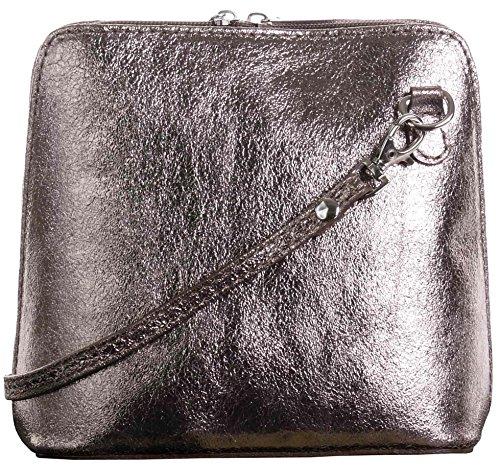In pelle italiana, Small/Micro croce corpo borsa o borsetta borsa a tracolla.Include una custodia protettiva di marca. Bronzo