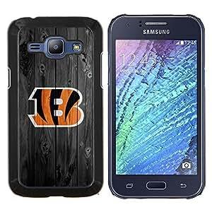 Eason Shop / Premium SLIM PC / Aliminium Casa Carcasa Funda Case Bandera Cover - Cincinnati Bengala Fútbol - For Samsung Galaxy J1 J100