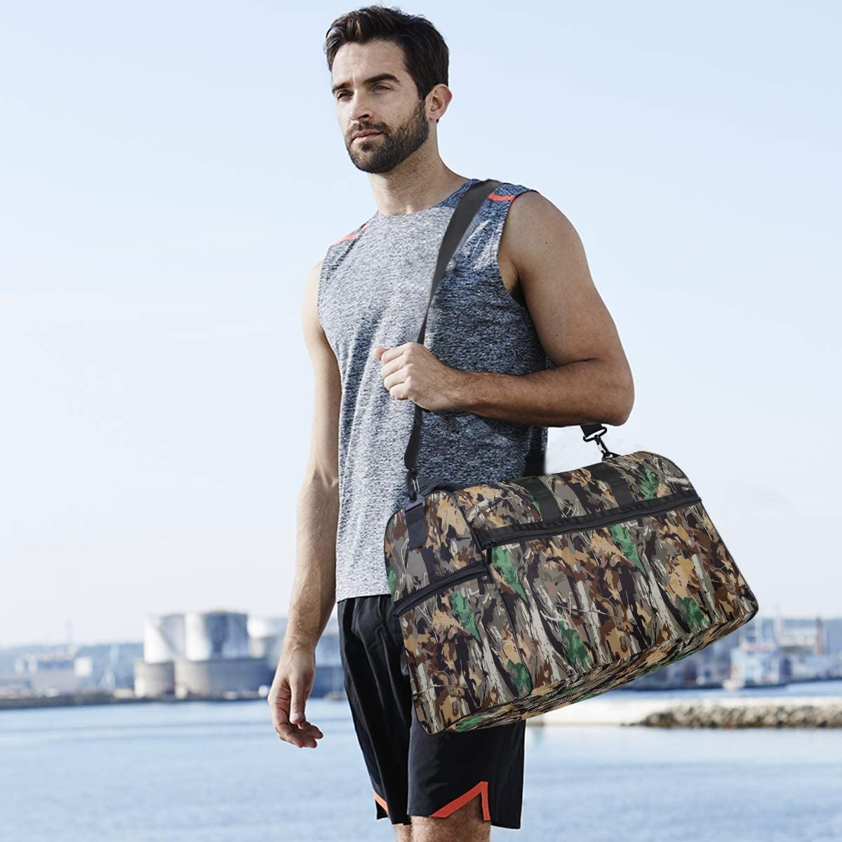 ALAZA Stylish Camouflage and Leaves Sports Gym Duffel Bag Travel Luggage Handbag Shoulder Bag with Shoes Compartment for Men Women