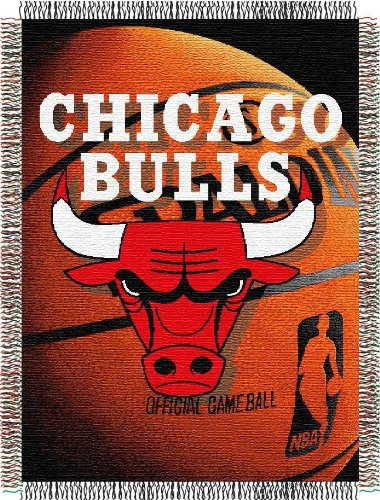 Officially Licensed NBA Chicago Bulls Photo Real Woven Tapestry Throw Blanket, 48