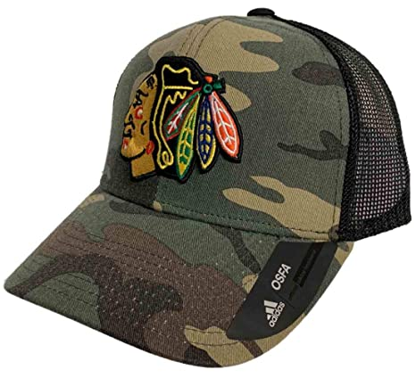 quality design 861b2 bc9db Amazon.com   adidas Chicago Blackhawks Camo Black Mesh Structured Snapback Trucker  Hat Cap   Sports   Outdoors