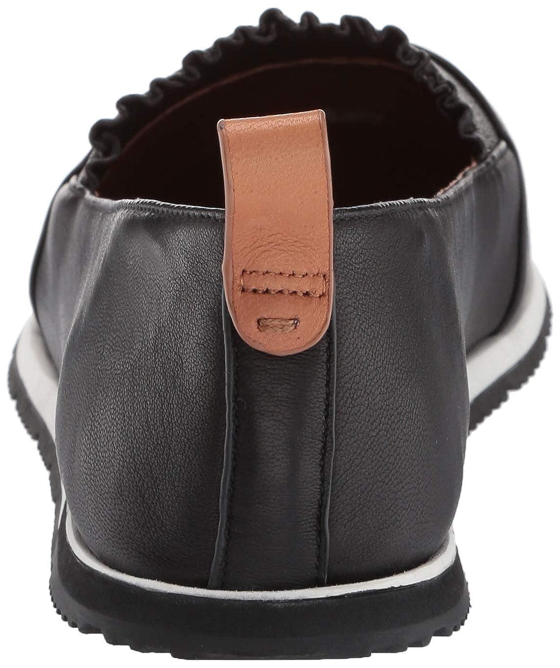Gentle Souls Womens Luca Ruffle Slip-on Sporty Flat Sneaker
