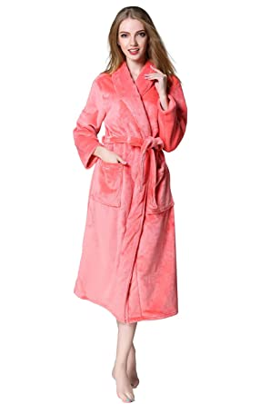 Image Unavailable. Image not available for. Color  VERNASSA Super Soft  Kimono Long Sleeve Bath Bathrobe Luxury Shawl Collar Spa Bathrobe Women s  Robes 7dbe8c53c