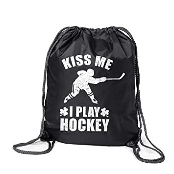 46a269062292 Amazon.com | Hockey Sport Pack Cinch Sack | Kiss Me I Play Hockey ...