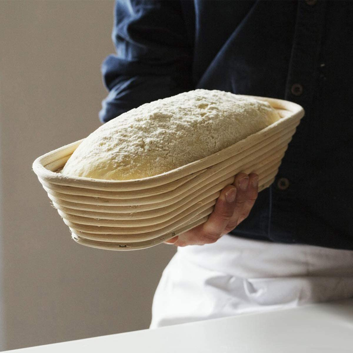 Litthing 2 Pcs G/ärkorb ovales G/ärk/örbchen f/ür Brot 25 x 15cm Banneton Korb,G/ärkorb aus Peddigrohr,Brotform G/ärkorb mit Teigschaber und Leinensatz f/ür selbstgemachtes Brot
