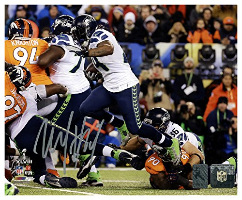Marshawn Lynch Autographed Signed 8x10 Photo Seattle Seahawks Super Bowl ML Holo Stock #130749 - Certified Authentic