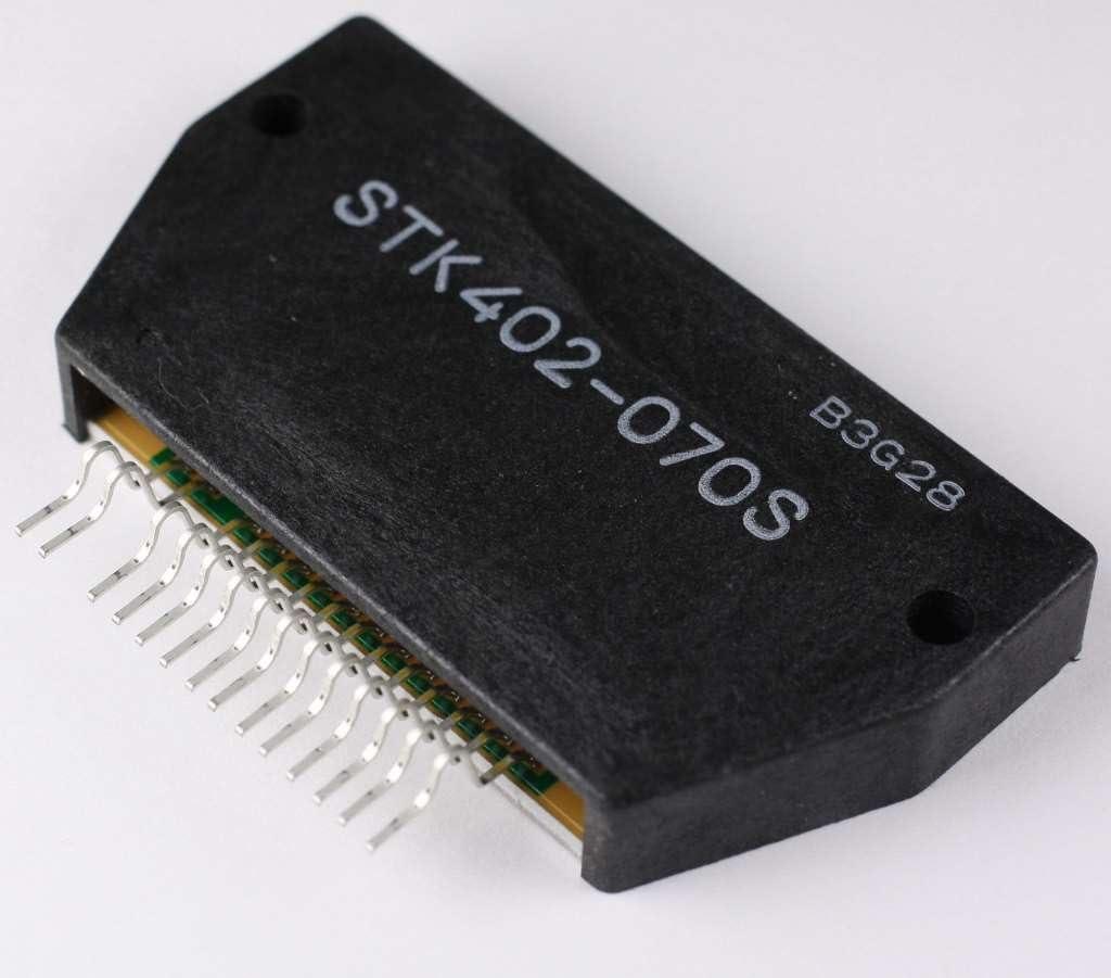 Hybrid-IC STK402-040 ; Power Audio Amp