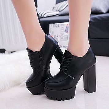 Plataforma Un Zapatos Solo A De Grueso Con Agua Una Prueba YIbgmfy76v