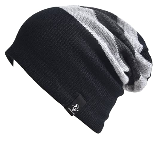 a58f9a031a999 Amazon.com  VECRY Trendy Baby Beanie Winter Hat Cute Kids Boys Girls  Toddler Knitted Skull Cap (Black Grey)  Clothing