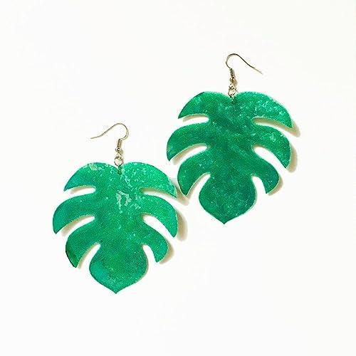 ea859138b Monstera leaf big drops earring - Tropical leaf earrings - Trending jewelry  - Rockabilly Monstera Jewelry - Novelty earring - Cool earrings:  Amazon.co.uk: ...