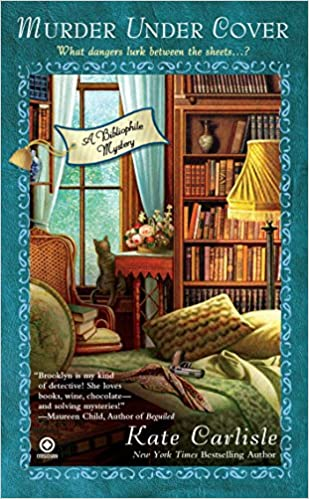 Murder Under Cover A Bibliophile Mystery Amazonde Kate