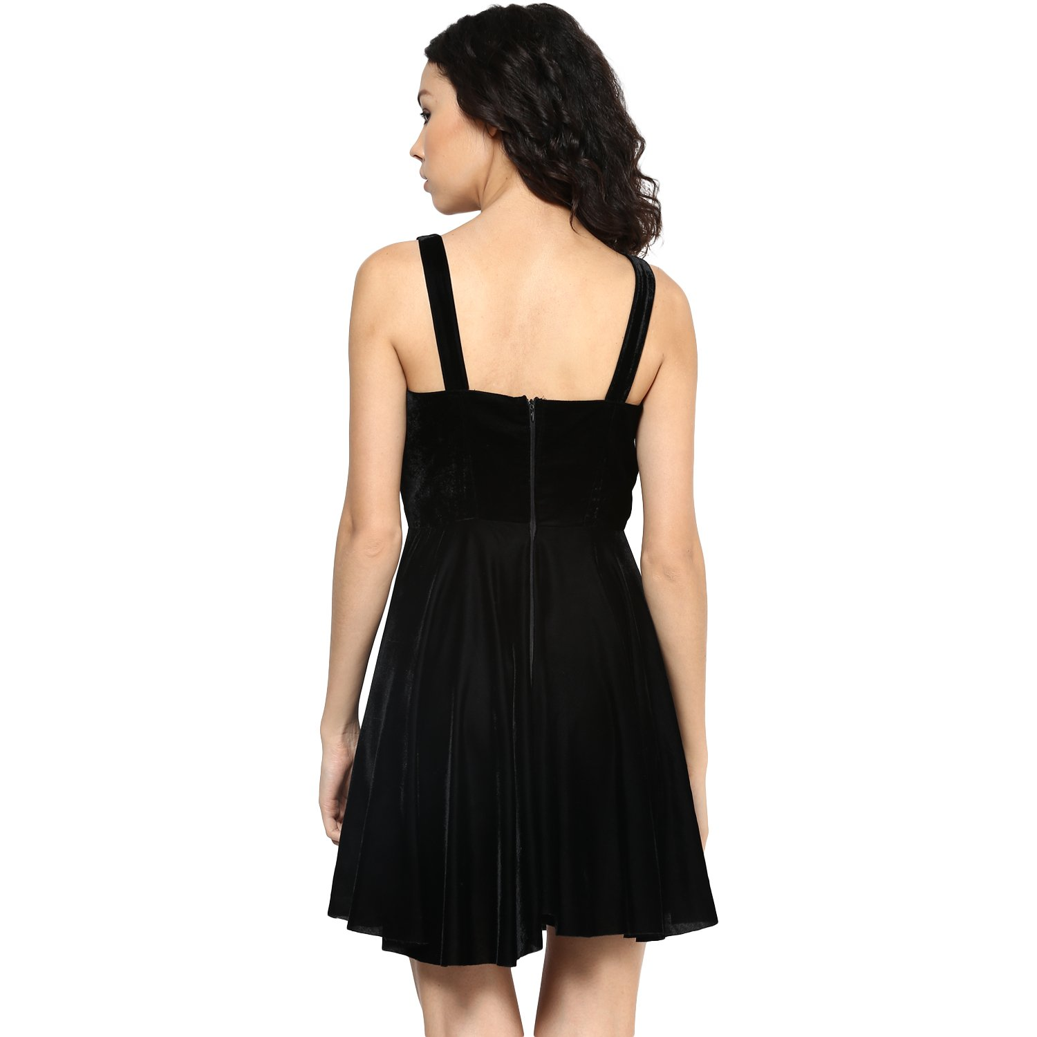 d57896a24da33 Roving Mode Women s Black Velvet Lace up A-Line Dress  Amazon.in  Clothing    Accessories