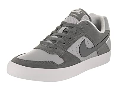 3bf2f318f35487 Nike Men s SB Delta Force Vulc Skate Shoe  Amazon.co.uk  Shoes   Bags