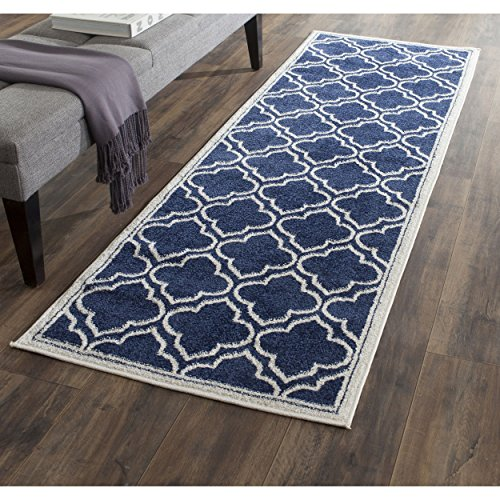 [Safavieh Amherst Collection AMT412P Navy and Ivory Indoor/ Outdoor Runner (2'3