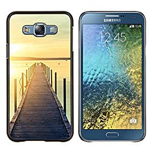 Embarcadero Muelle Playa Sunset Lake- Metal de aluminio y de plástico duro Caja del teléfono - Negro - Samsung Galaxy E7 / SM-E700