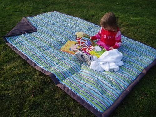 Tuffo Water-Resistant Outdoor Blanket with Carrying Case