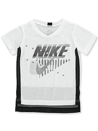 5555f1cdffa6c Amazon.com: Nike Boys' Dri-Fit T-Shirt: Clothing