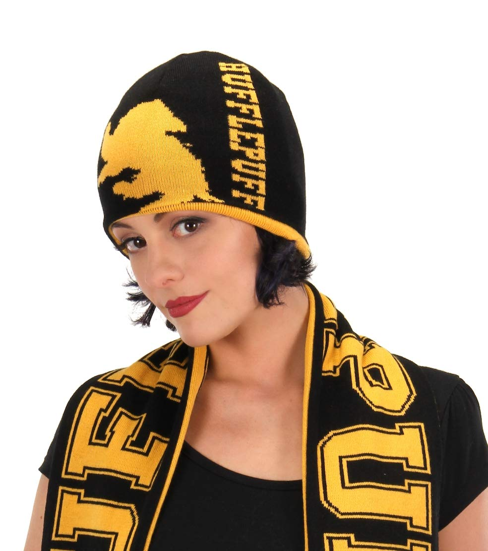 elope Harry Potter Hogwarts House Reversible Knit Beanie Gryffindor 250001