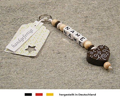 NAMENSANHÄNGER - Anhänger mit Namen   Baby Kinder Schlüsselanhänger für Wickeltasche, Kindergartentasche, Schultasche oder Rucksack mit Schlüsselring   Mädchen & Jungen Motiv Ornament Herz in braun
