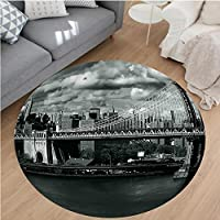 Nalahome Modern Flannel Microfiber Non-Slip Machine Washable Round Area Rug-ack and White Panorama of New York City Skyline with Focus on Manhattan Bridge Photo Grey area rugs Home Decor-Round 24