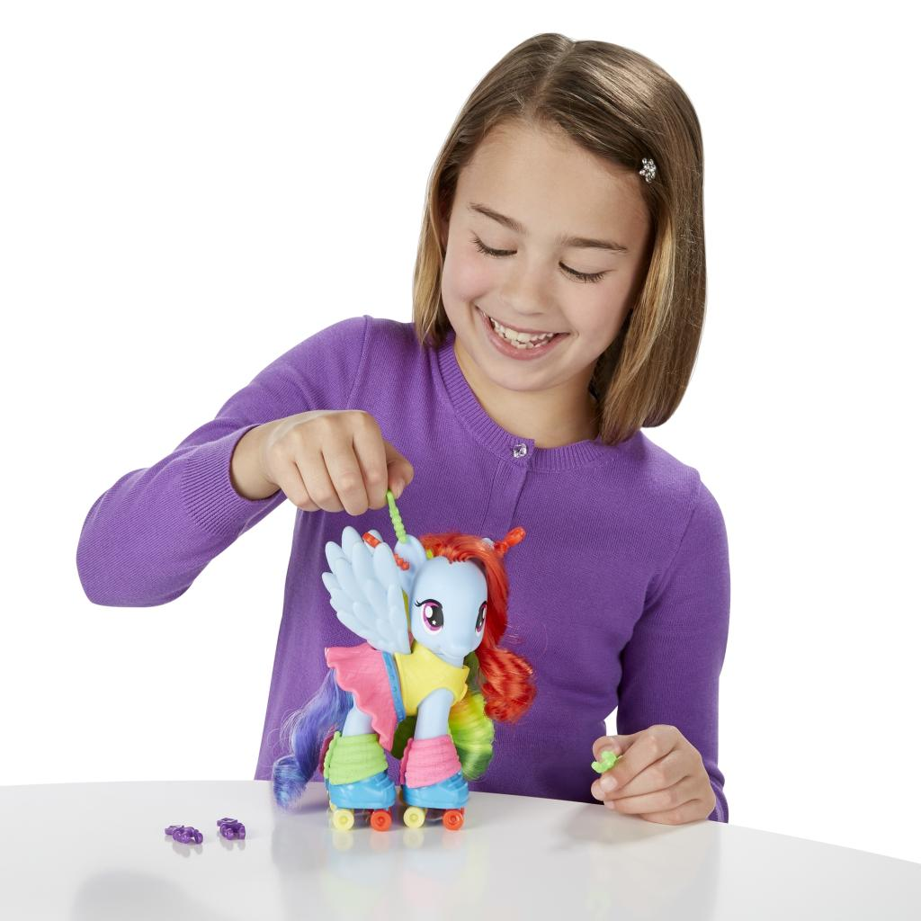 My Little Pony Fashion Style Rainbow Dash Figure Open Box