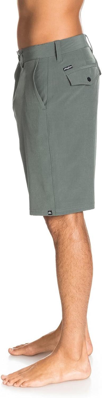 Quiksilver Mens Solid Amphibian Hybrid 21 Short