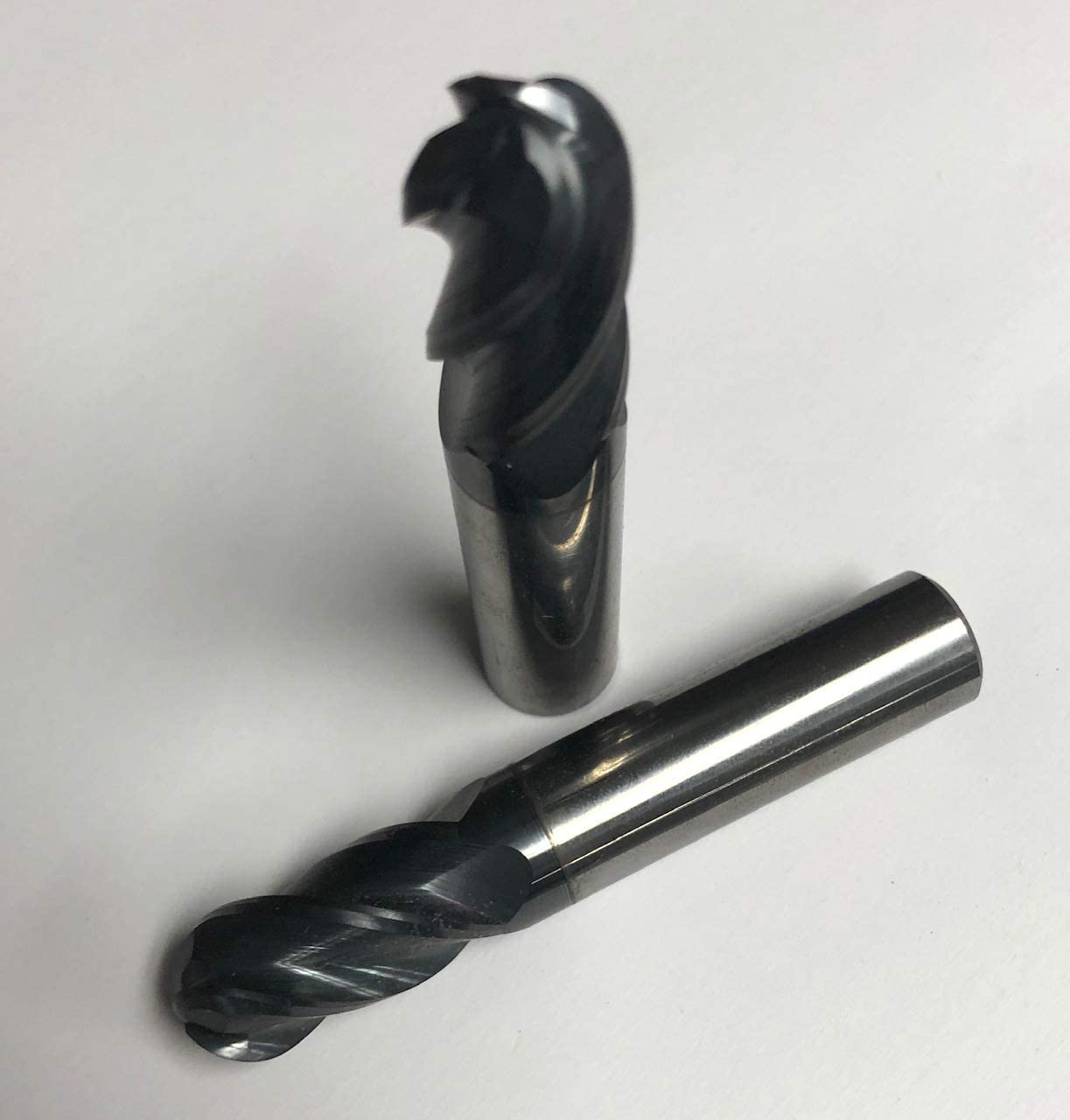Tialn-Coated Solid Carbide Ball End Mill 4 Flute 5//16 DIA.
