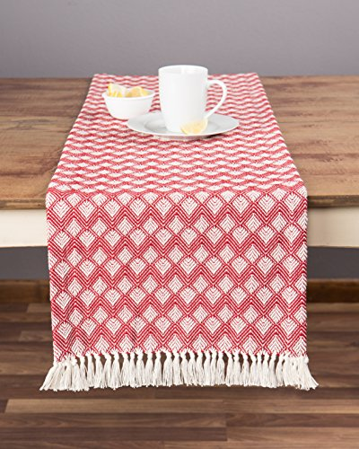 Sticky Toffee Cotton Woven Table Runner with Fringe, Scallop