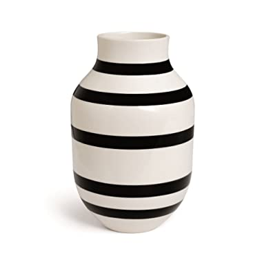 Kahler Omaggio Large Ceramic Vase - Handmade Faience (White / Black)