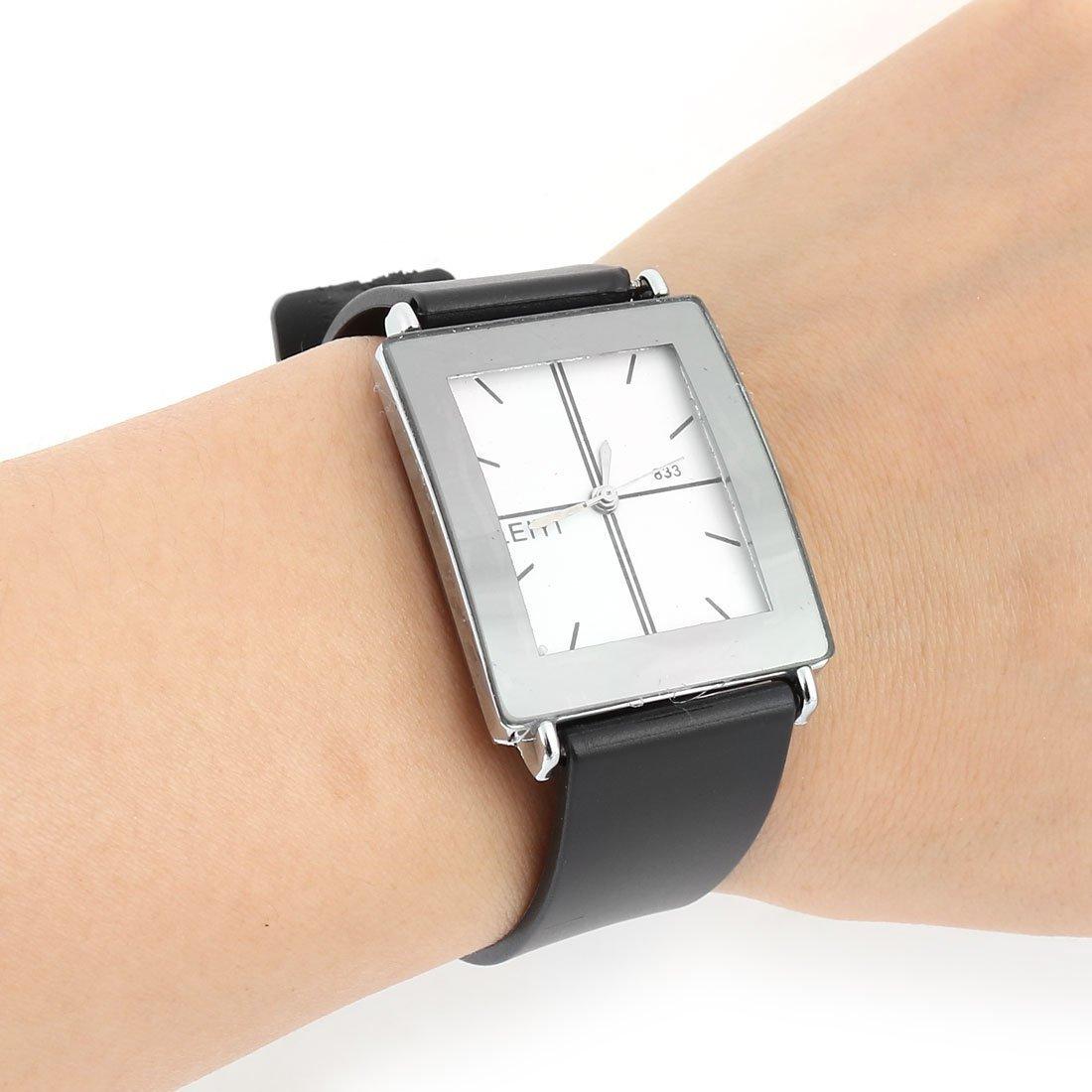 Amazon.com : eDealMax Correa cuadrados plásticos Diseño Mujeres Adjuatable Longitud resistente al agua reloj de pulsera : Sports & Outdoors