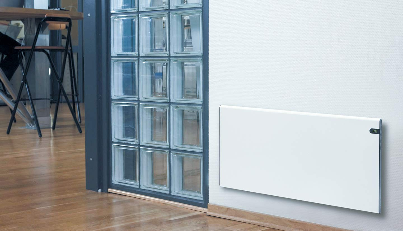 Bendex LUX ECO 1400 W, 370 mm, elegante y fino, bajo consumo, pantalla LED, control de temperatura de d/ía y de noche Radiador el/éctrico de pared color blanco