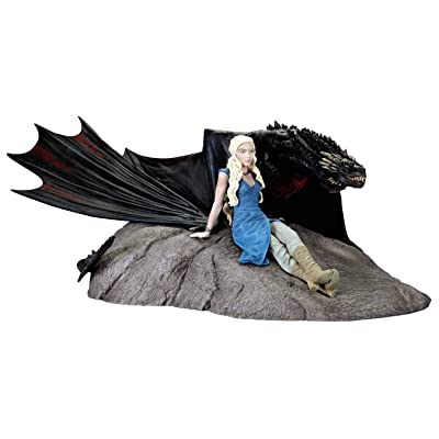 Dark Horse Deluxe Game of Thrones: Daenerys and Drogon Statue: Toys & Games