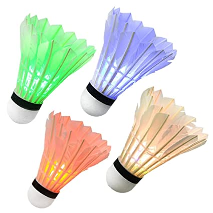 Badminton 4Pcs Bunte LED Badminton Feather Federball Shuttlecocks Federbälle für Nacht