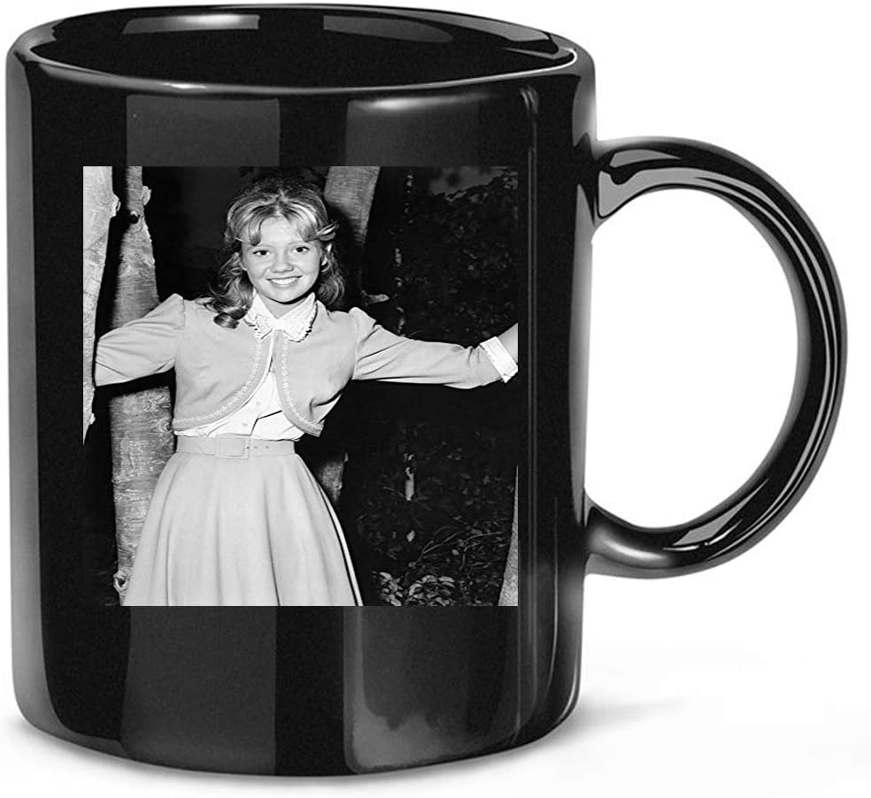 DansTee #Hayley #Mills #Early #'S #Pose Smiling in Skirt and Waistcoat Coffee Mug for Women and Men Tea Cups
