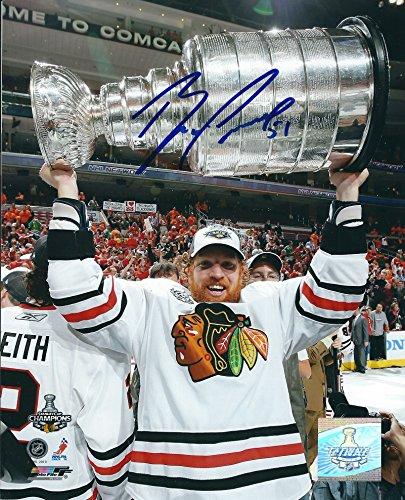 Photo 8x10 Blackhawks Chicago - Autographed Brian Campbell Chicago Blackhawks 8X10 Photo with COA